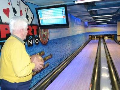 Hraní bowlingu