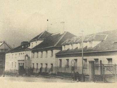 Budova Hřbitovní - rok 1970